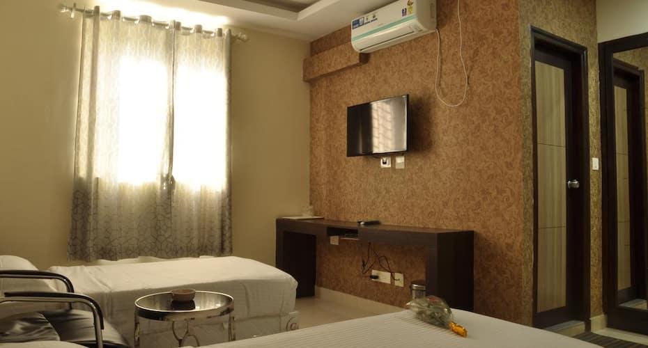 Devashree Comforts, Gandhi Nagar,