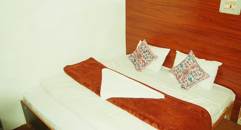 Kengeri Gateway Comforts, Anand Rao Circle,