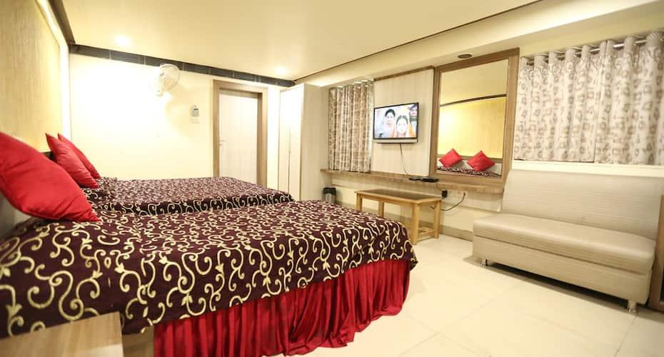Hotel Amar Vilas ( Wi -Fi Complimentary), MP Nagar,