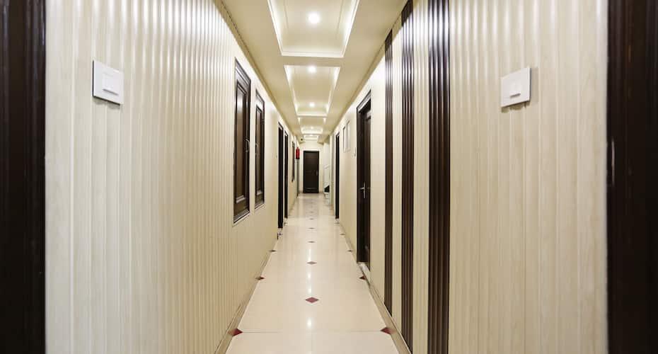 Hotel Bhargav, Railway Road,