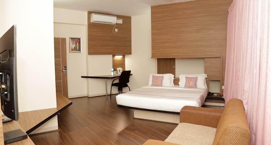 Hotel Grand Bee, Yeshwanthpur,