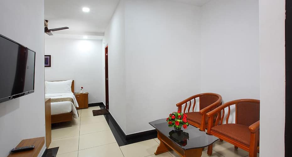 PGS Inn, Ernakulam North,