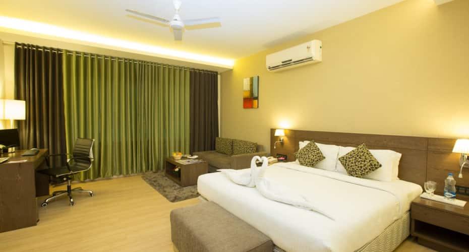 Sayaji Hotel, Van Vihar Road,