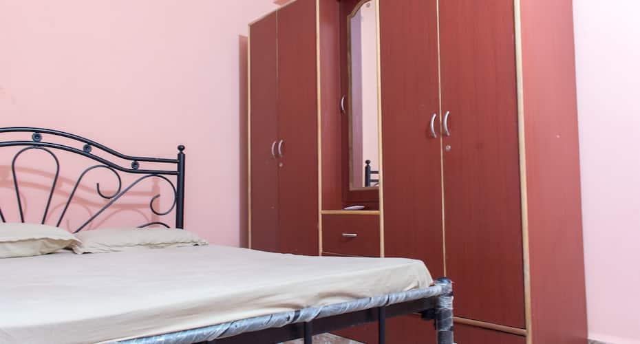 Monica Guest House, Salcette,