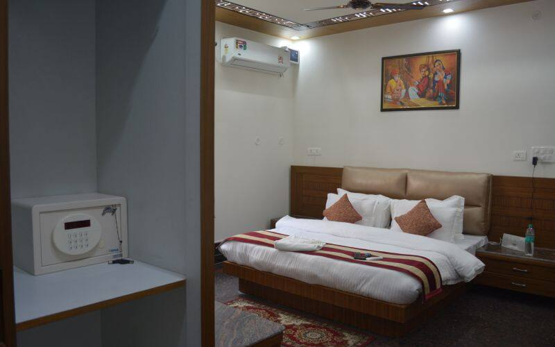 Hotel Stay At Green View, none,