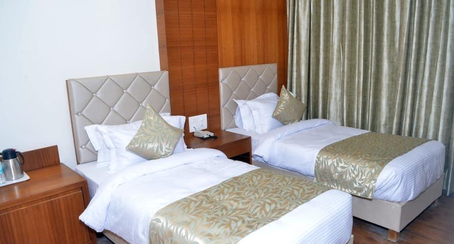 Hotel Meadows, Cantonment,