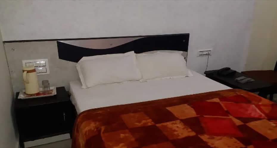 Chang Hotel & Restaurent, Fateh Sagar Lake,