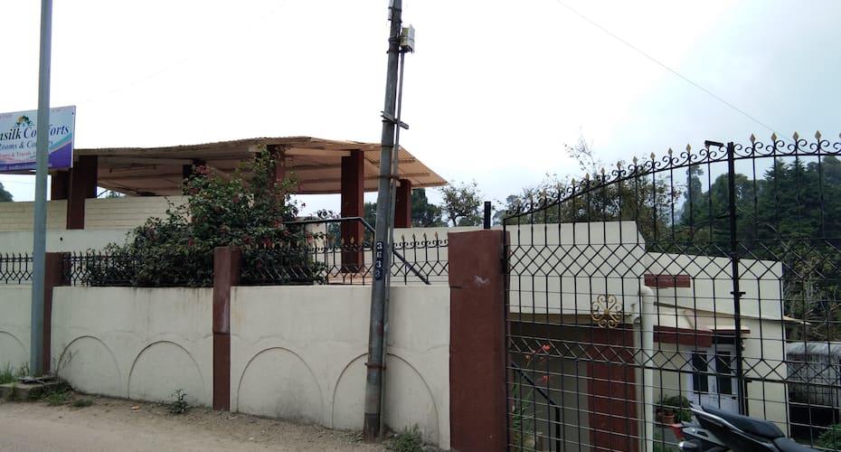Sunsilk Comforts, Fernhill Road,