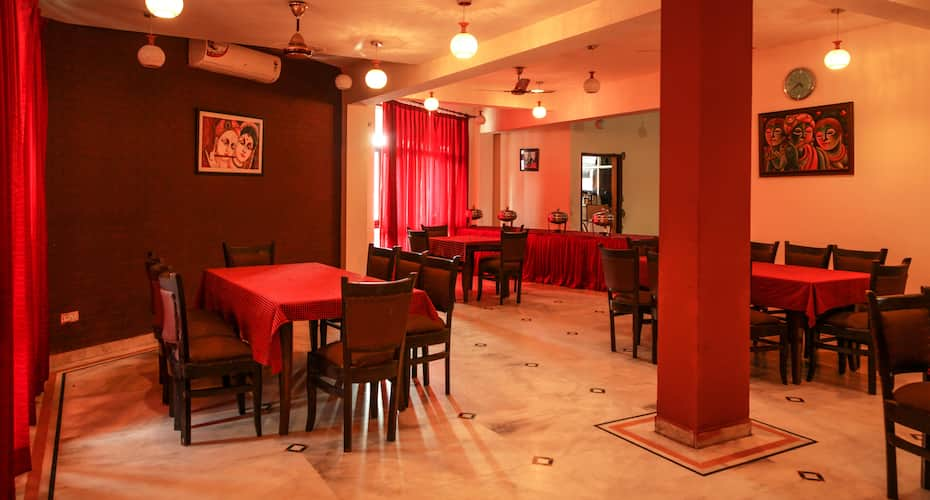 Hotel Neeraj Bhawan, Railway Station Road,
