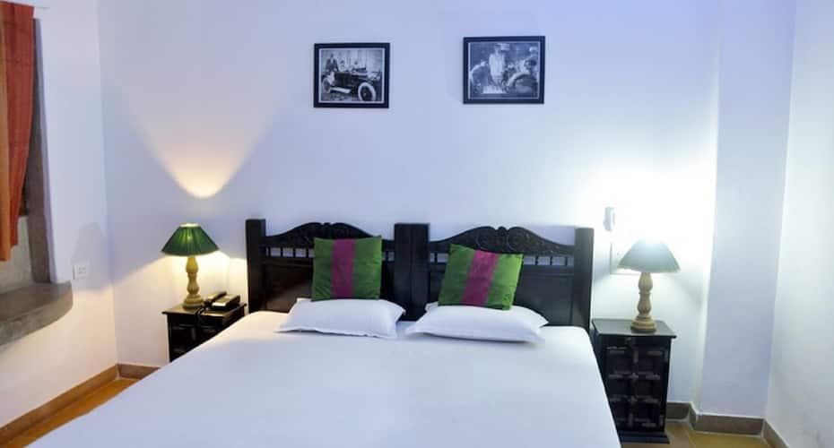 Hotel Lal Garh Fort and Palace, Hanuman Circle,