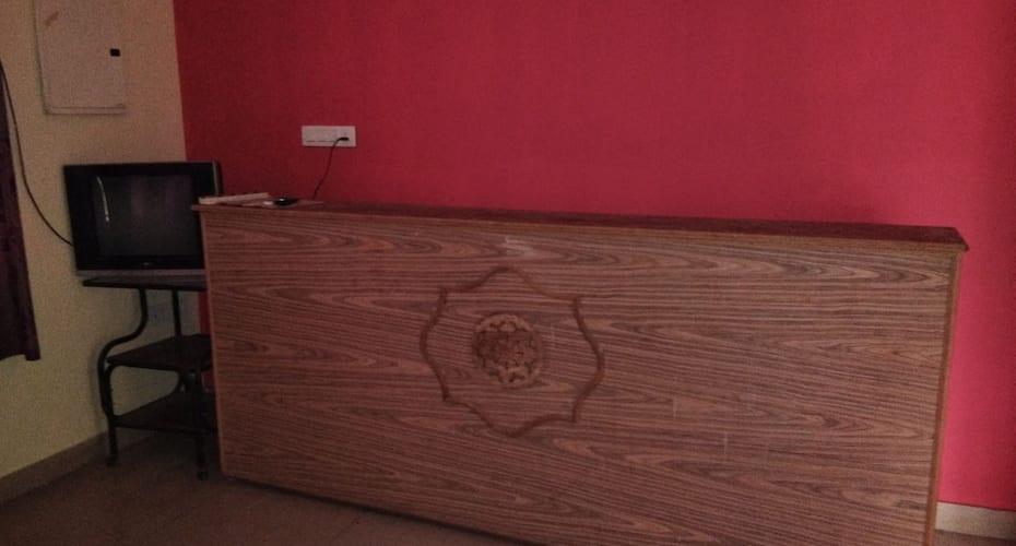 Guru Residency, Naidupuram,