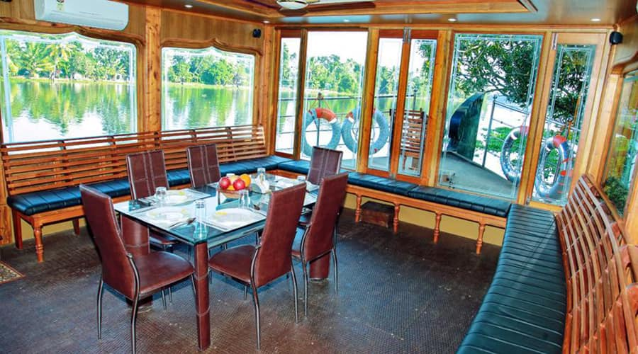 River Queen bowl houseboat, Finishing point,