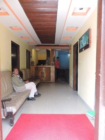 Hotel Shikhar Inn, Rohtang Road,