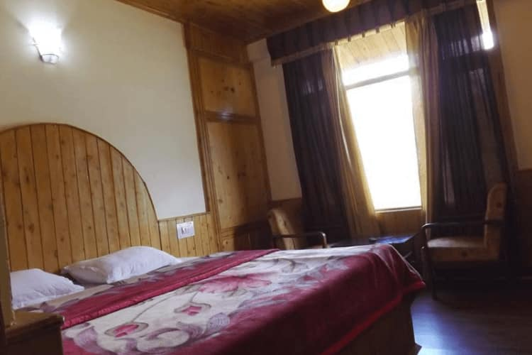 Kanyal Top Cottages, Rohtang Road,