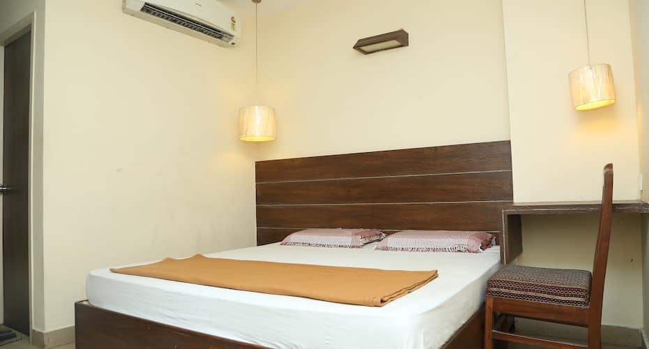 G R GUEST HOUSE, Ashok Nagar,