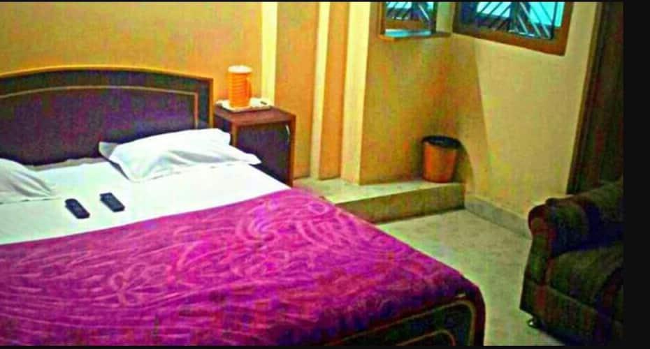 New Kumar Hotel, Airport Road,