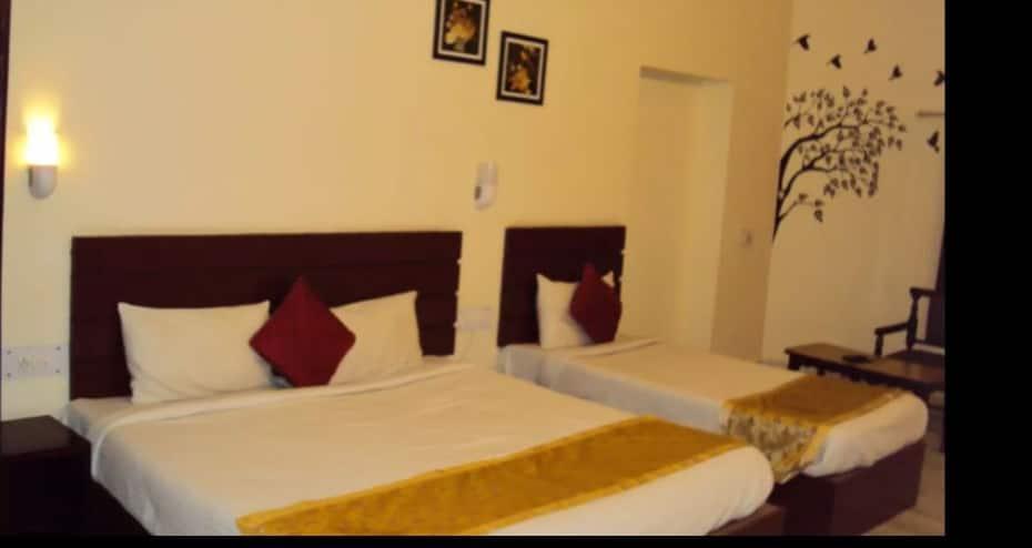 Hotel Baba Sonrise, Gautam Budha Marg,
