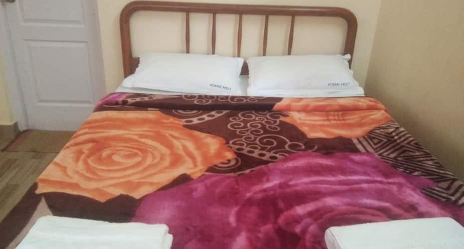 Heavenly Mist Service Apartment, Naidupuram,