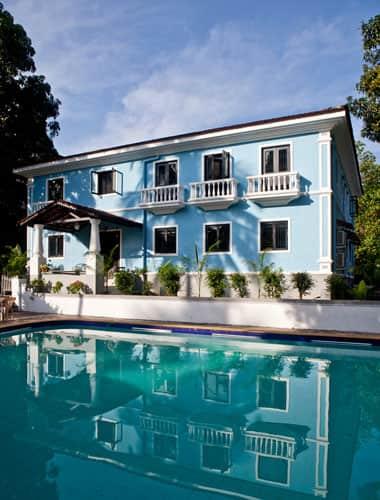 1265 Cressent Villa