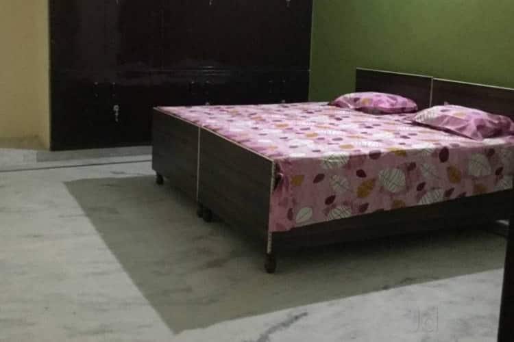 6 Room Homely Guest Home Gomti Nagar, Vishal Khand,