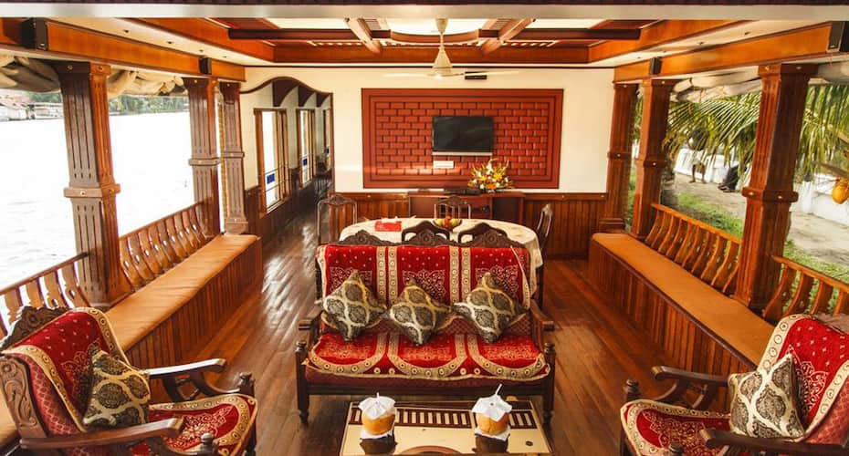 Trident Luxury Houseboat, Finishing point,