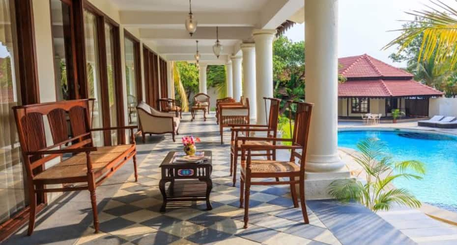 Aura Luxury Retreat, Morjim,