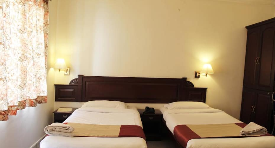 Archana inn, M G Road,