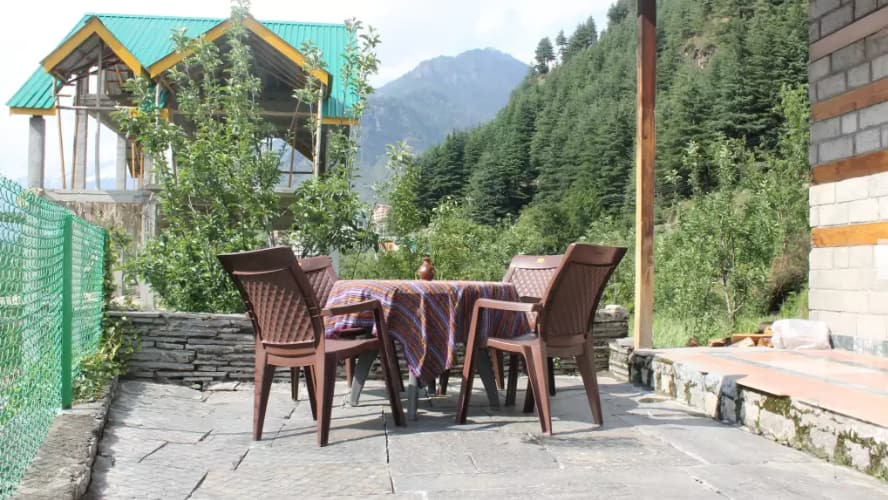 Kaira Nature Treat, Rohtang Road,