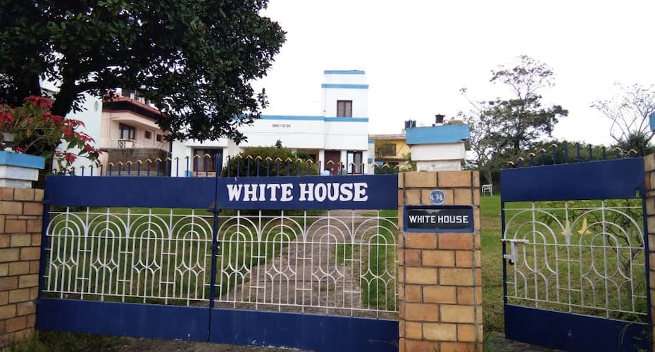 White House Cottage, MM Street,