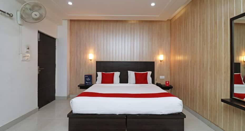 Hotel Idea INN, Mall Road,