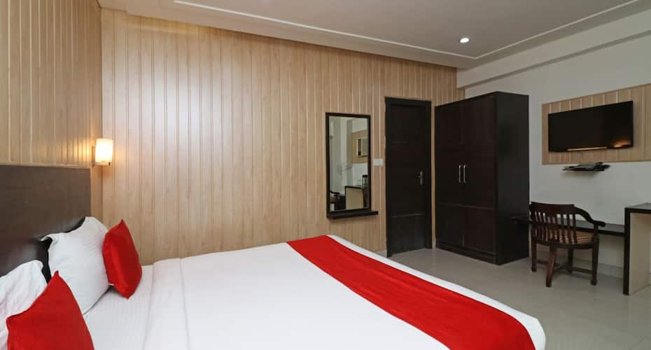 Hotel Idea INN, Fatehabad Road,