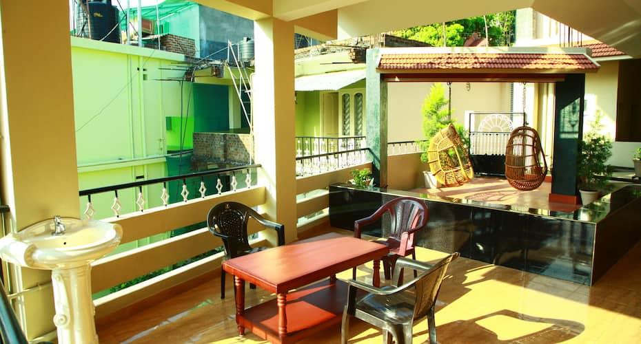 Jungle Palace, Kumily,