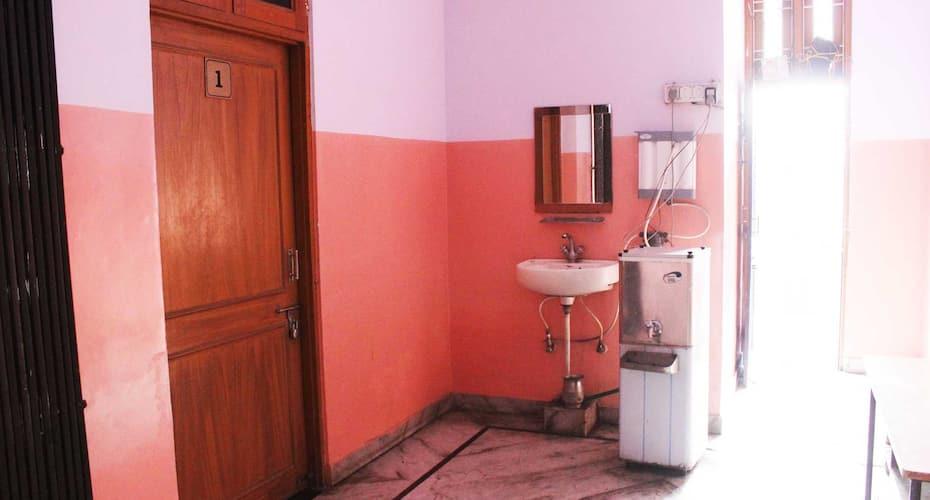 Ravi Guest House,Jaipur