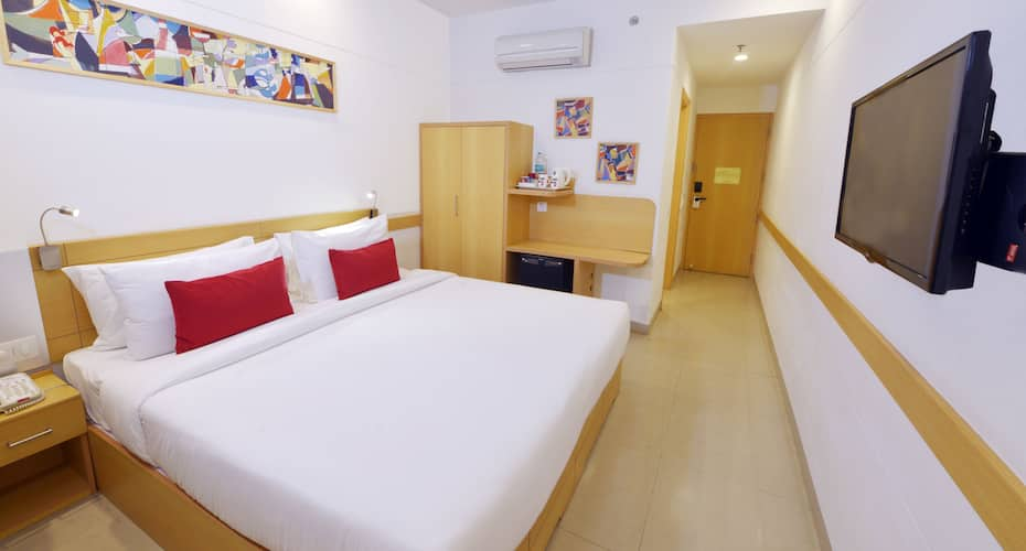 Red Fox Hotel Chandigarh, Industrial Area Phase 1,