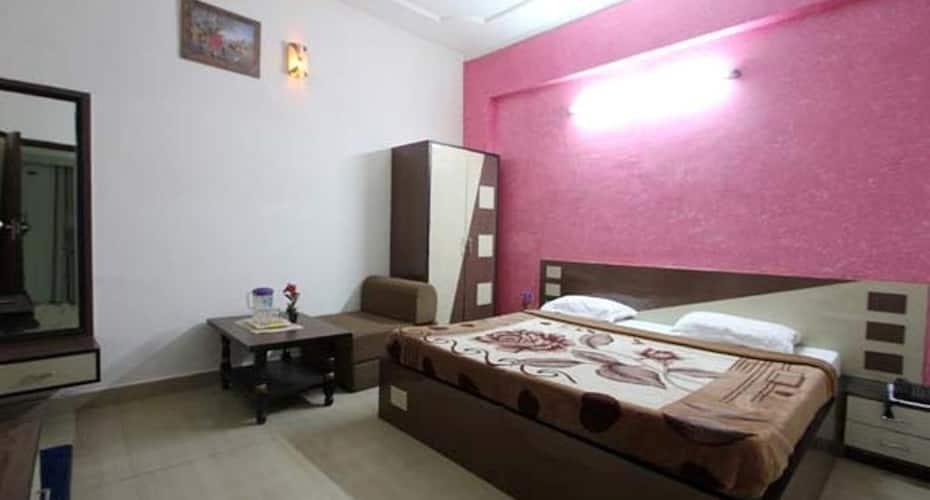 Hotel Viren Pacific, Vibhav Nagar,