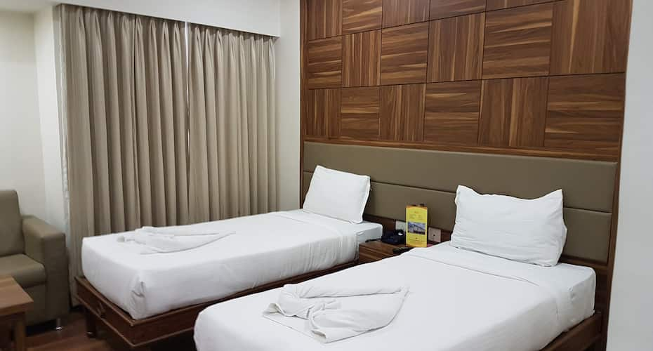 Shree Venkateshwara Hotel, Lakdi Ka Pool Khairatabad,