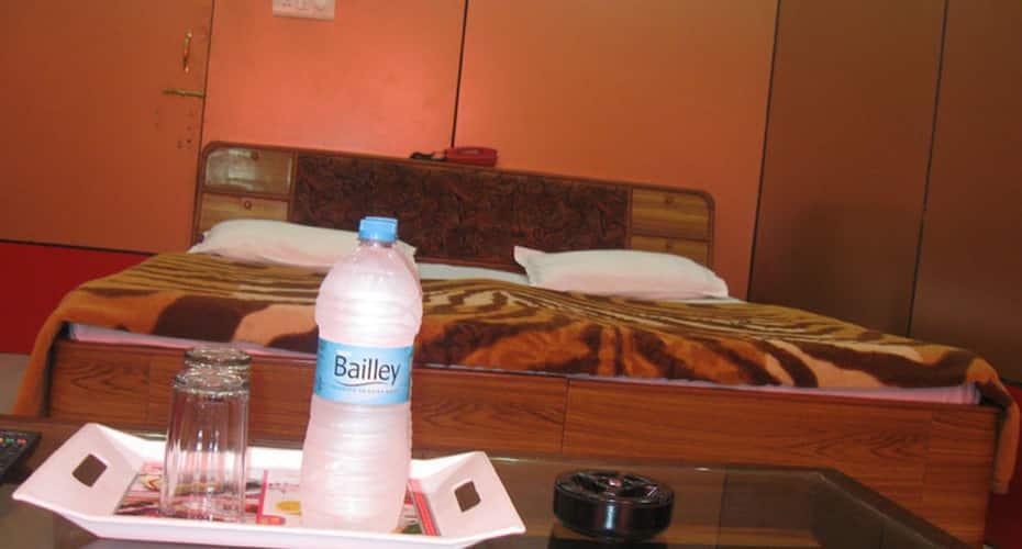 Hotel Shiv Ganga, Tapovan,
