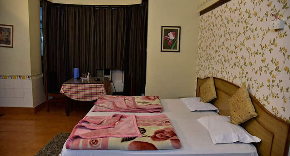 Hotel Ashrey, Tyagi Road,