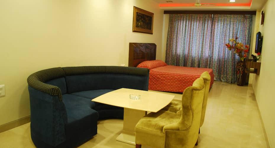 Royal Inn, Lal Bagh,