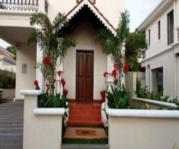 Mansions by Pinto Rosario, Socorro,