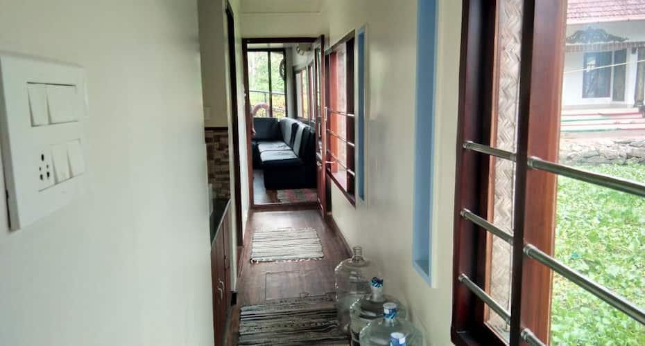 Kerala Puthuvettil 2 Bed, Punnamada,