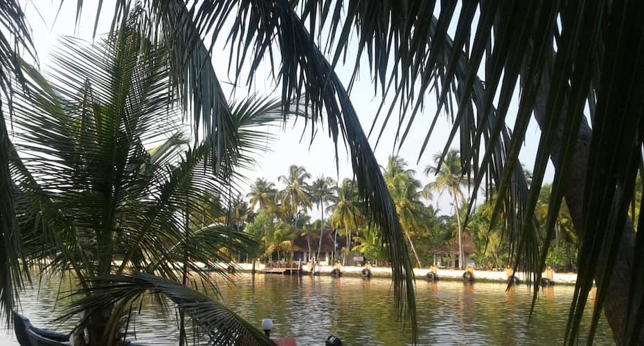 Regant lake Village, kollam, Neendakara,