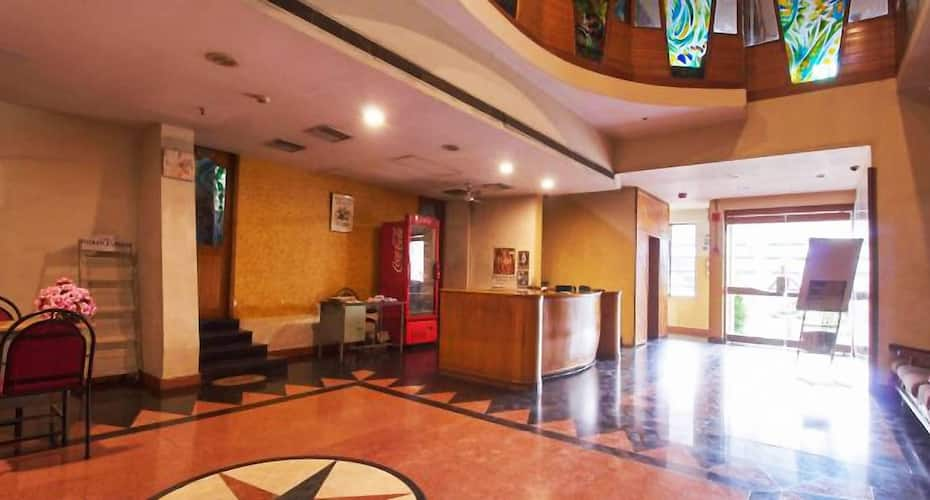 Hotel Sripada, Mallikarjunapeta,