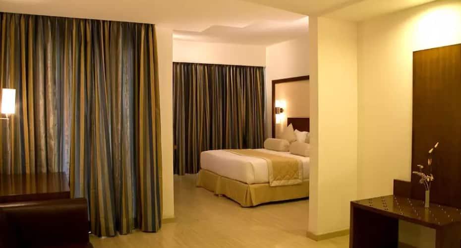 Hotel Evoma, Krishnarajapuram,