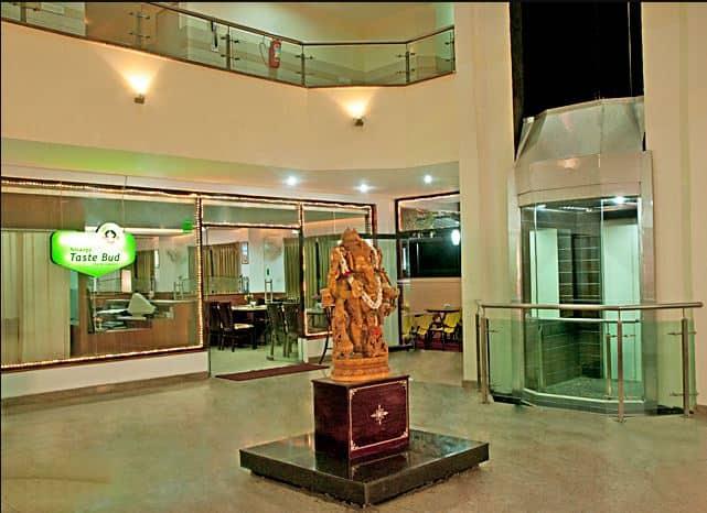 Vyshak Inn, Ashoka Road,