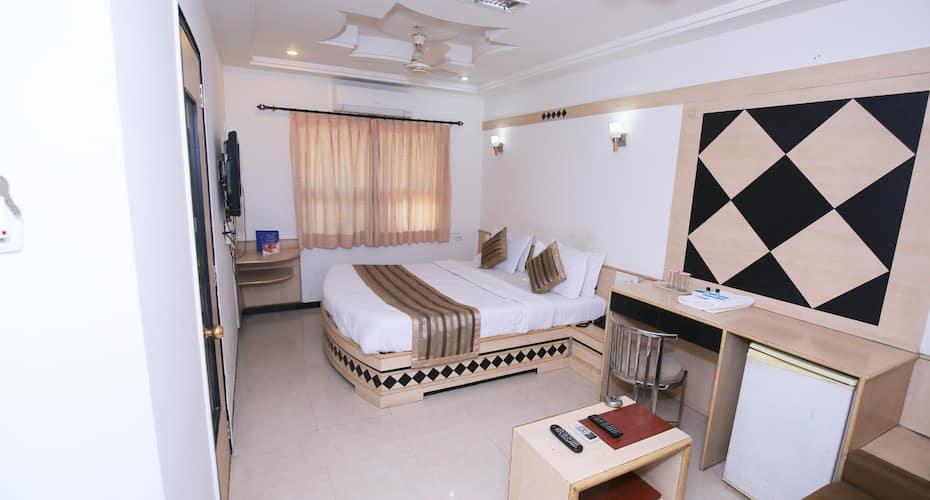 Hotel Ever Krishna,Rajkot