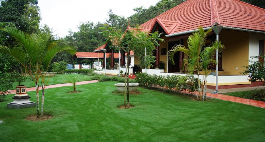 Sona Flora Farms