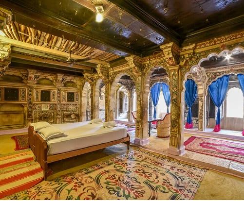 Hotel Suraj, Hanuman Circle,