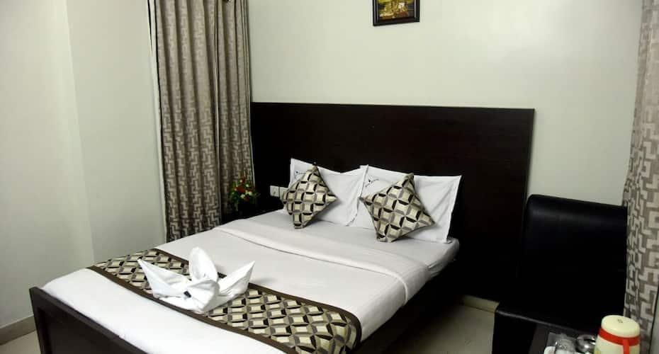 Samudra Residency,Behind Chennai central railway station, Central Railway Station,