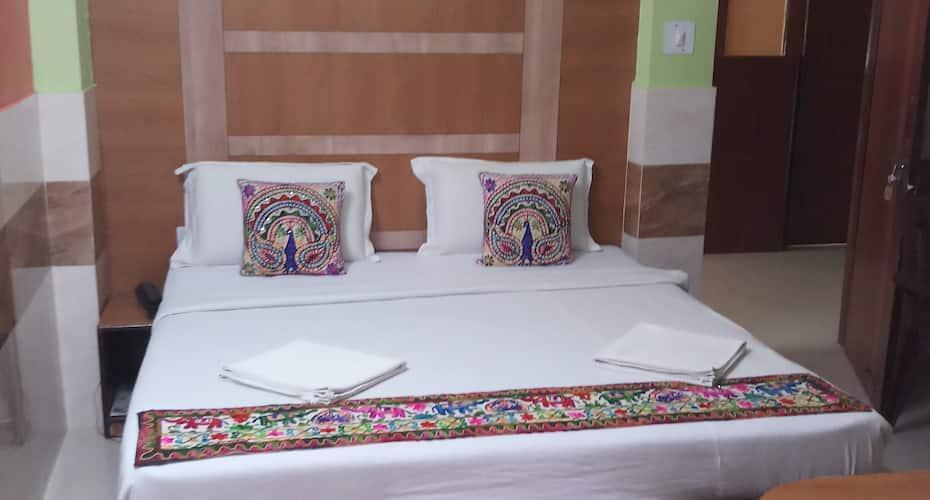 The Tara Residency, Ashok Nagar,